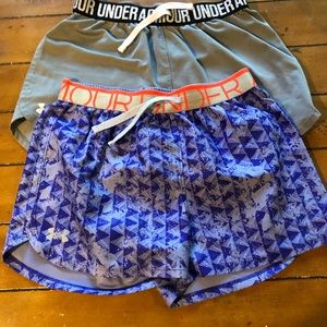 Girls under armour shorts - 2 pairs size large